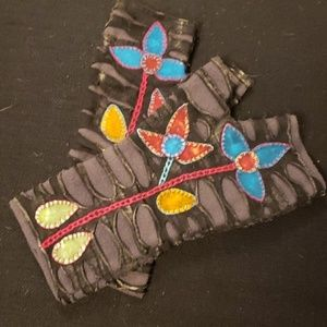Accessories - Crafty Fleece Handwarmers
